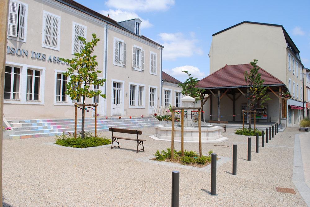 En images ville de saint yorre - La maison de la place saignon ...